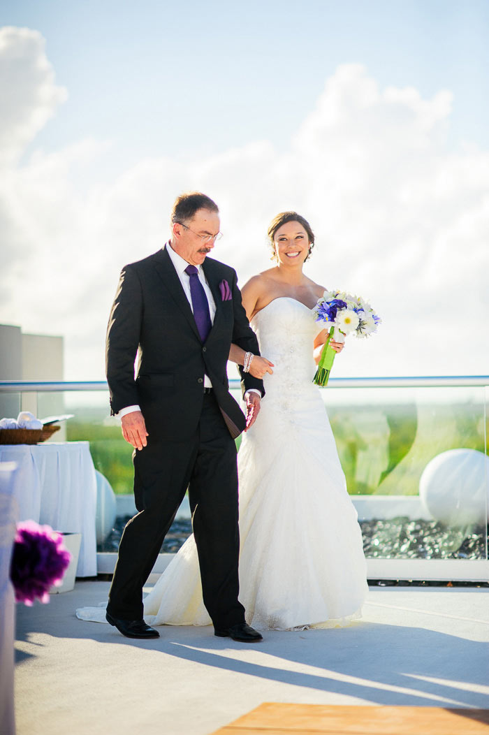 wedding cancun photos azul beach by charisma