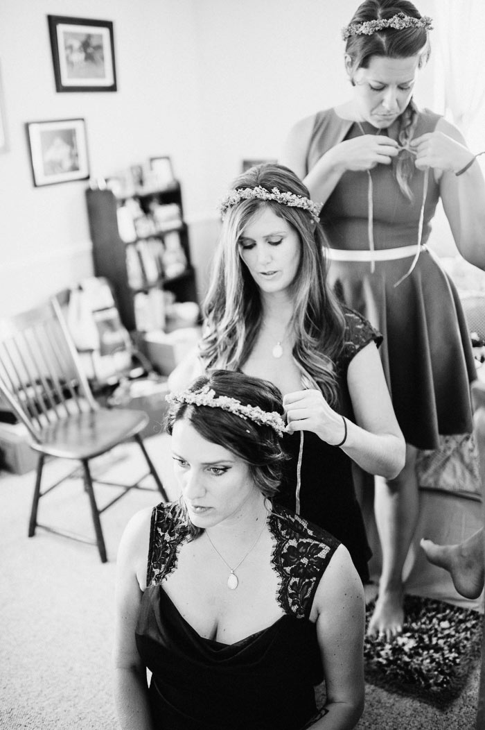bridesmaids getting ready doing their hair