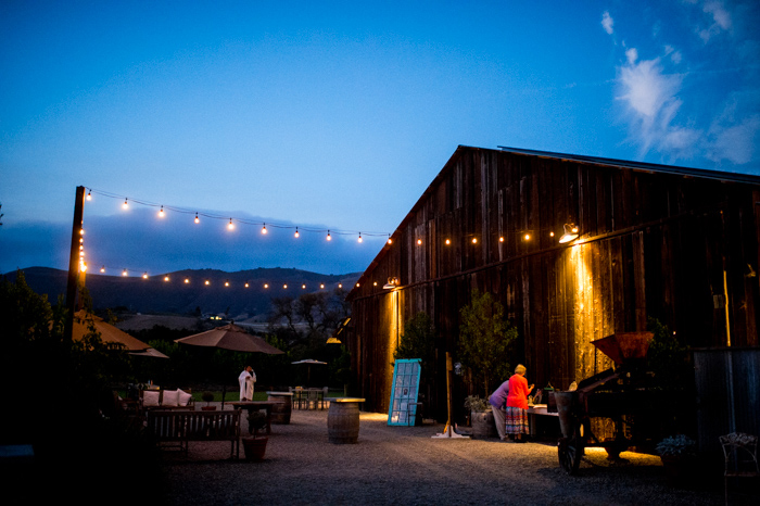 46-dana-powers-barn-wedding-photography-bluephoto-4519-copy
