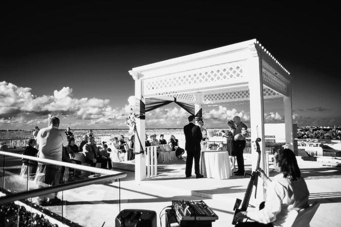 azul beach resort wedding photos in cancun mexico